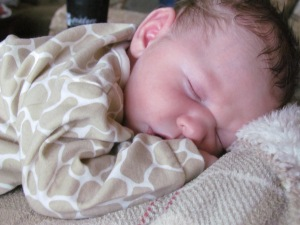 baby luke 3 weeks old