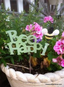 bee happy garden art
