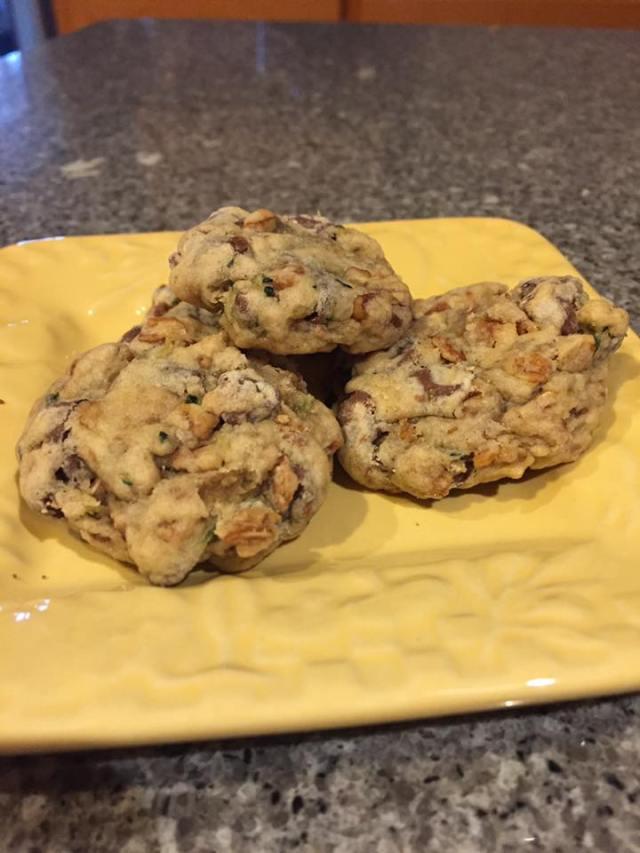 zucchini-granola-cookie